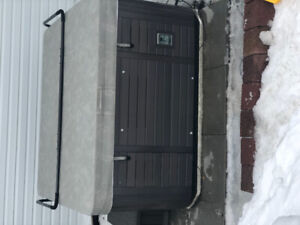 CanSpa Ottawa Deluxe Hot Tub