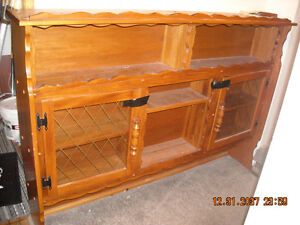 Oak dinning table and hutch
