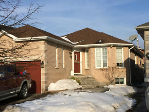 3 bedroom Family home in Barrie for rent