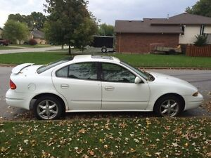 2000 Alero, $800 OBO As is (163829 km)
