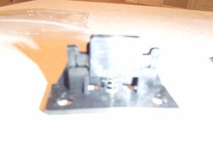 2 PCS of 2949228 E-BODY & 71-4 B-BODY UNDERHOOD WEDGES Sarnia Sarnia Area image 5