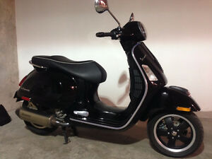 2010 Vespa GTS300ie Super