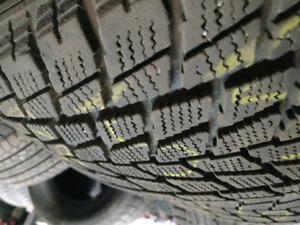 4 x 255/60R19 Toyo observe winter tires pneus d'hiver