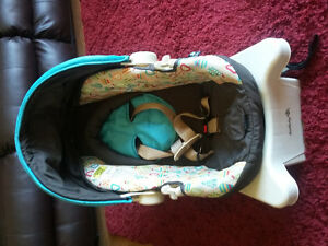 Matching stroller & car seat ** Perfect condition **