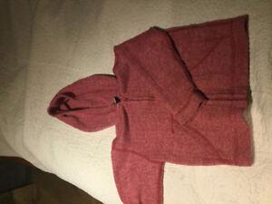 MEC size 5 hooded fleece sweater