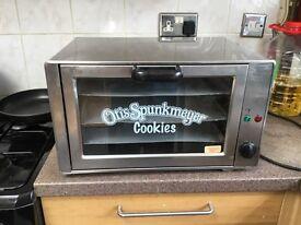 Otis spunk Meyer cookies oven
