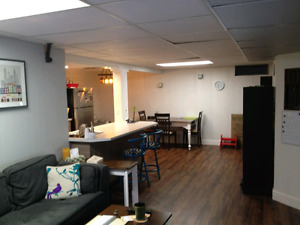 RENOVATED BSMT SUITE IN GREAT LOCATION