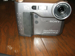 Classic Sony Digital Mavica Camera Windsor Region Ontario image 1