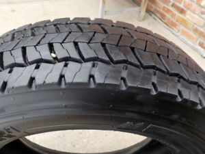 2 - Continental HDR tires 225/70R/19.5 , load range G