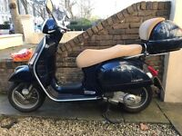 2011 Vespa 125 gts 2080 miles - never dropped-with matching top box