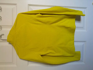 Old Navy women's yellow pullover sweater Size Small NWT London Ontario image 4