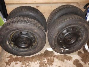 Rovelo Winter Tires on Rims - Honda Fit - 185/65R14