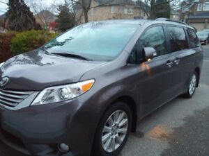 2013 Toyota Sienna, XLE, AWD Limited, V6 engine, 40,000KM ONLY