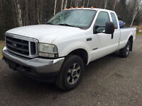 2004 Ford F-350 superduty xlt Camionnette