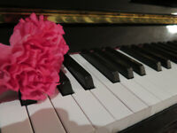Piano lessons in Aylmer