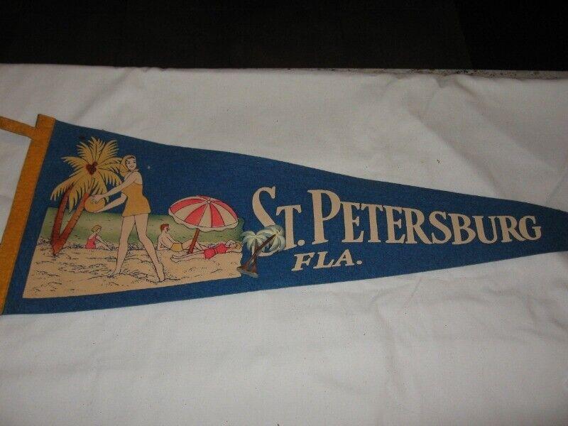 "Vintage St. Petersburg, FLA Blue Felt Pennant  26"" Length VGC f/s Beach Scene"