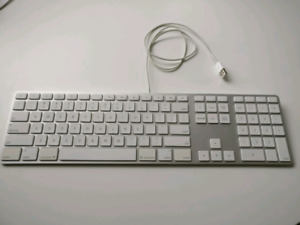 Apple wired keyboard with number pad and USB hub