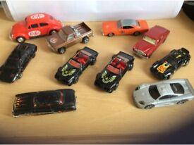 Selection of matchbox / corgi / hot wheels cars