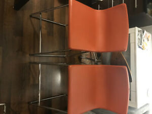 Kitchen bar table with two bar stools