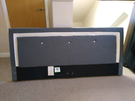 King-size headboard Pananastore.( new other)