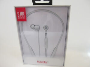 Beats by Dr. Dre BeatsX In-Ear Bluetooth Headphones-White(NEW)