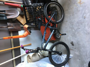Black diamond BMX bike