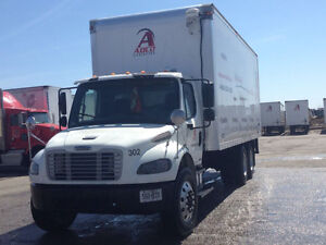 2006 TANDEM AXLE STRAIGHT TRUCK FOR SALE