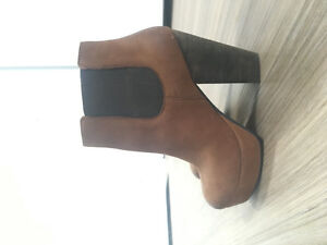 Steve Madden Booties- New Condition