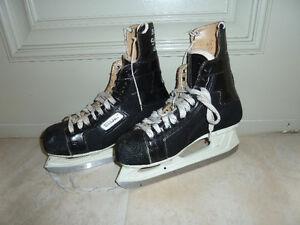 Bauer Supreme 100 hockey skates