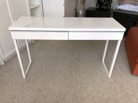 IKEA High-gloss white desk (besta burs)