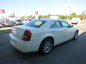 2009 Chrysler 300L EXCELLENTE CONDITION, TOIT PANORAMIQUE, CUIR