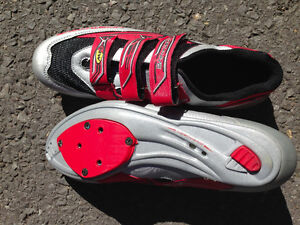 Road/MTB shoes in great condition, size US 11.5, Euro 44.5