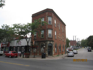 WHITBY- ONE BEDROOM APT IN DOWNTOWN HISTORICAL BUILDING