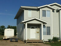 Room For Rent in Blackfalds Townhome by the Abbey Sports Centre