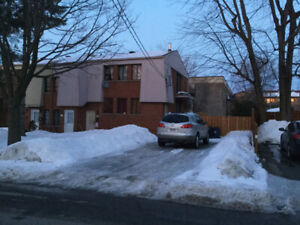 Duplex in Dorval South