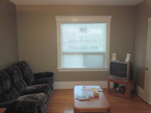 ALL INCLUSIVE 1-bed unit, free laundry & internet Ontario St!