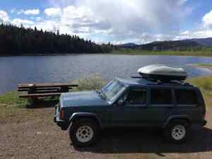 Excellent roof rack storage container for a great price