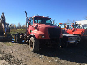 2000 sterling tri axle cab and chassis with pto and hoist