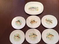Rare Antique/Vintage Wedgwood Fish Plates & Serving Plate