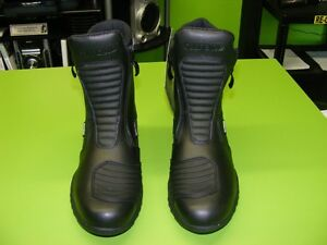 OXFORD - Waterproof Boots - Two Types - Various Sizes at RE-GEAR Kingston Kingston Area image 2
