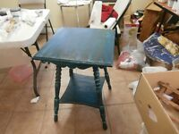 Fashionable Shabby Chic Antique Table - SOLD THANKS KIJIJI