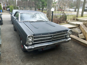 ATTENTION. FORD FAIRLANE 1967 GT 351W.
