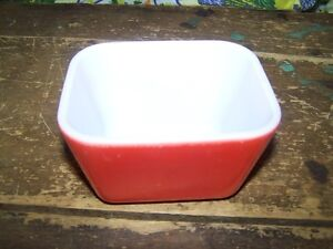 Pyrex Primary Colors Red Small Refrigerator Dish No Lid A-6