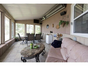 A stunning home with a breathtaking view of the Adirondacks! Cornwall Ontario image 10