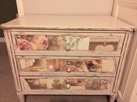 Shabby chic chest of drawers