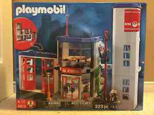 Playmobil Fire Station #4819 Brand New in Box