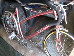 VINTAGE RALEIGH ROAD BIKE 1990's