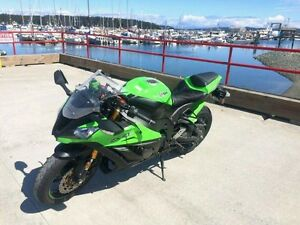 2014 ZX10R ABS 10,500 OBO