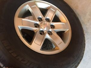 Winter tires (Michelin) & Rims (Tires almost new)!!!