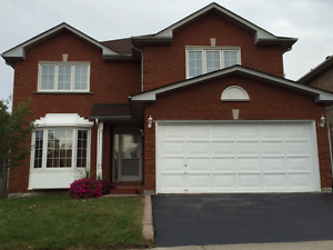STUNNING! DETACHED 5 BEDROOM MAIN HOUSE AT MARKHAM ROAD/STEELES
